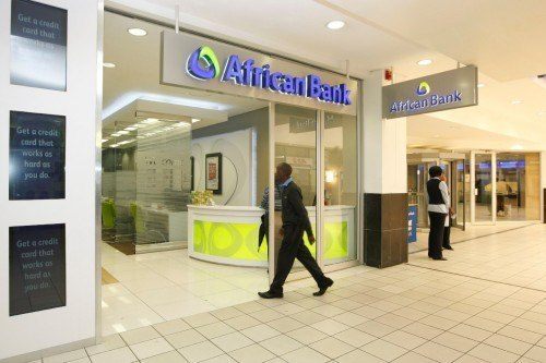 The interest rates are attractive – 5.5% per annum on positive balances, and 6.5% on the savings pocket. Capitec, for example, pays 5% on balances up to R24 999. Picture: Moneyweb