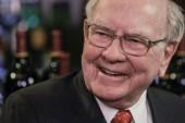 Buffett jokes on colonoscopy swap, airlines, wealthy in letter