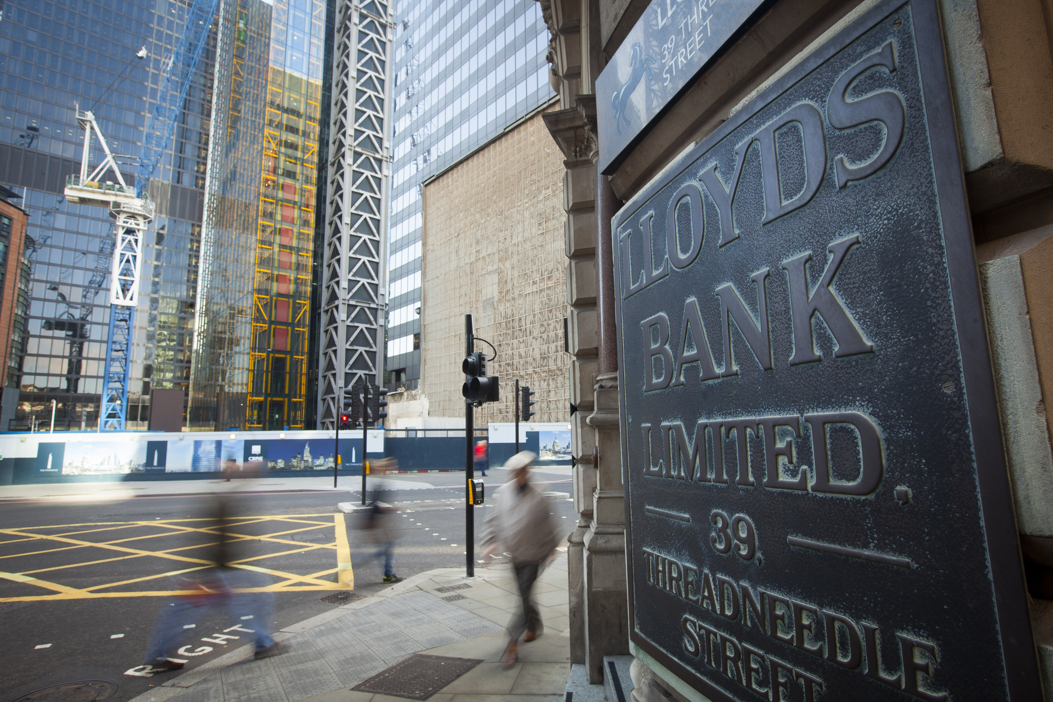 London's finance district, steeped in slavery, confronts its past