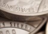 In chats, silver 'mafia' tradersflexed muscle, drew blades