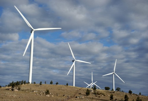 Despite being a water scarce country, SA has a lot of sunshine, and its coastline and escarpment offer superb sites for wind farms. Picture: Mark Graham, Bloomberg