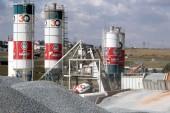 Cement sales jump as smaller builders buy
