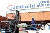 Cashbuild betaal steeds 'n dividend ondanks skerp winsdaling