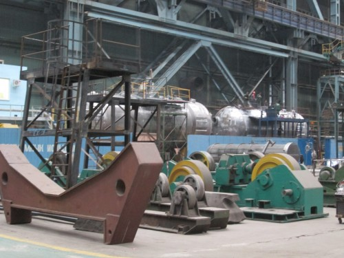 In the background,  steam generators are being manufactured in the Atomenergomash plant in Volgadonsk, Russia. The four generators currently being produced are destined for unit 4 of the Rostov Nuclear Power Plant in the same town.