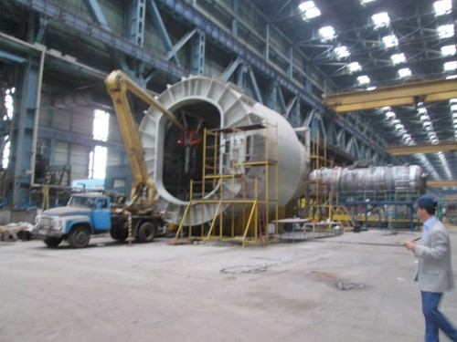 This transporter in the Atomenergomash plant in Volgandonsk, Russia contains the transportation gate through which nuclear fuel is delivered into the reactor. This one is the largest of its sort produced so far and is destined for the Novovoronish Nuclear Power Plant in Russia.