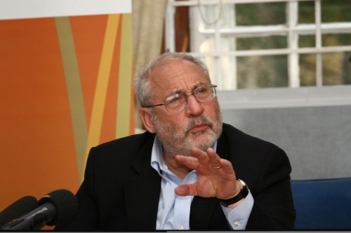 Nobel laureate Professor Joseph Stiglitz says that South Africa needs to adopt a multi-faceted approach in order to create jobs. Picture: Moneyweb
