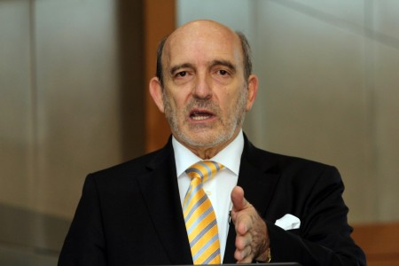 Imperial CEO sees split at risk from SA turmoil