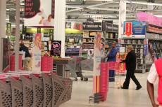 Massmart profit rises as food sales grow