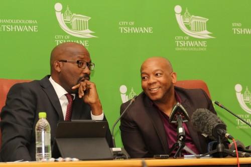 Tshwane city manager Jason Ngobeni (left) and mayor Kgosientso Ramakgopa (right at an earlier media briefing.
