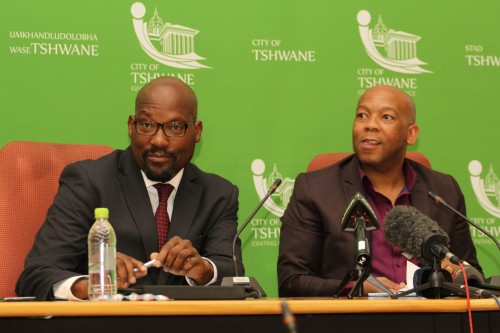 Then-city manager Jason Ngobeni and ANC mayor Kgosientso Ramokgopa at the announcement in May 2015 that the City of Tshwane would end its controversial smart metering contract with PEU Capital Partners. Picture: Moneyweb