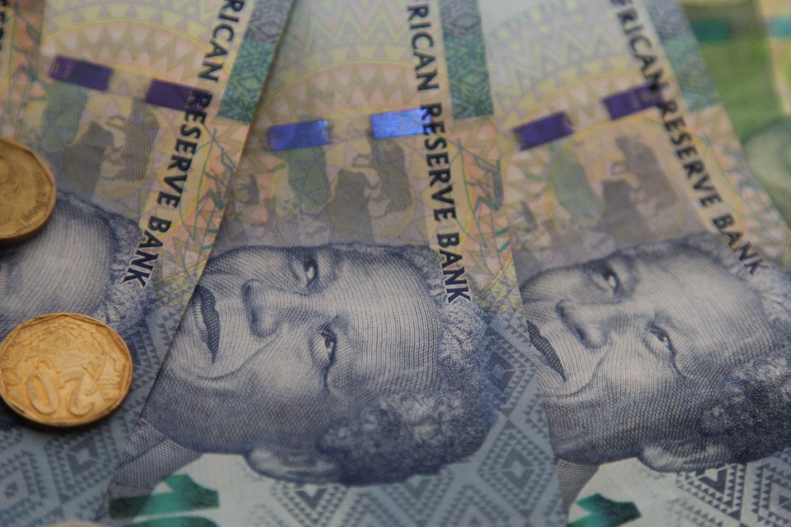 SA's current account battle is falling short