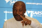 Sars responds to allegations of state capture, Moyane's trip to Dubai