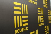 South32 shares in red territory