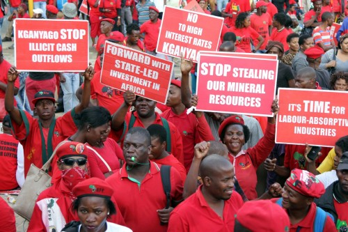 EFF members march to the JSE.