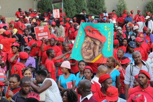 Thousands of EFF members descend on the JSE to deliver a memorandum.