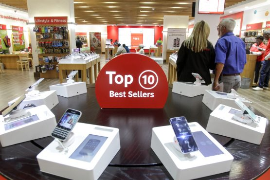 Contract phones Browse our top selection of contract phones and pay monthly phone deals today and find great phone contract deals online.