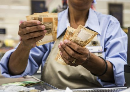Sarb's business leading indicator down 0.4% in March