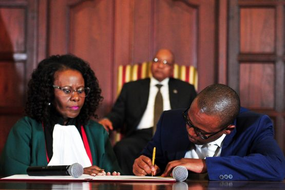 """Minister of Energy, Ms Mmamoloko """"Nkhensani"""" Kubayi (left) sworn in by Justice Sisi Khampepe (right). Photo supplied."""