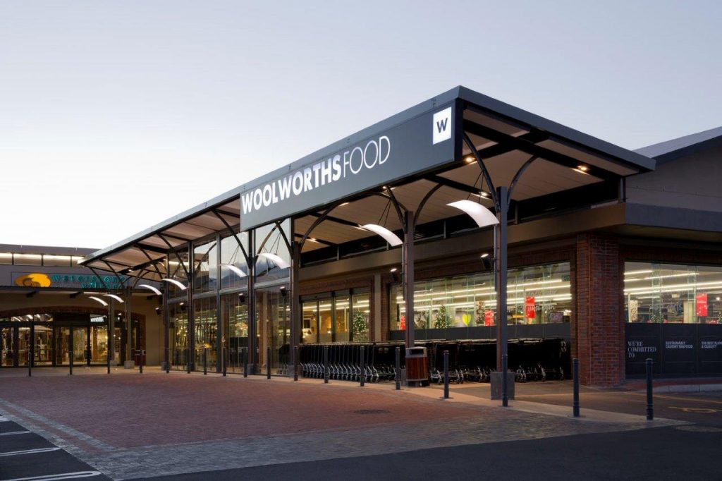 Woolworths: Earnings down, but share price up - Moneyweb.co.za