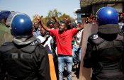 Zimbabwe public workers threaten strike over wages