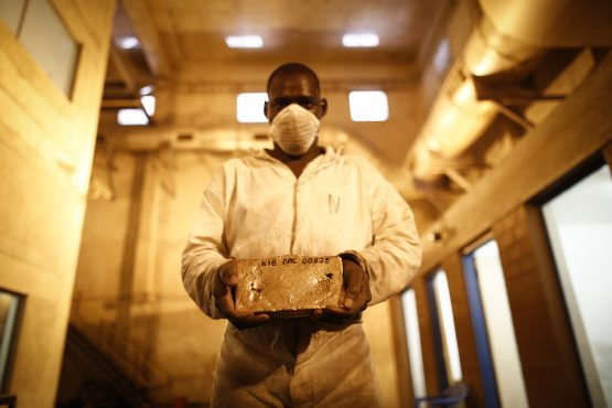 Harmony Gold, AngloGold Ashanti and Sibanye Gold were down on the day. Picture: imon Dawson/Bloomberg