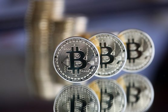 Cryptocurrency Market Stabilizes at $500 Billion, While Bitcoin Maintains at $11000 Level
