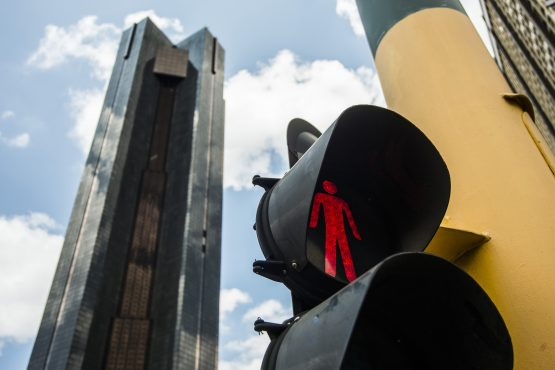The prospect of the Sarb's nationalisation and the ongoing political infighting is unnerving markets and investors. Picture: Waldo Swiegers, Bloomberg