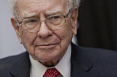 Buffett to retire from Kraft Heinz board as he cuts back travel