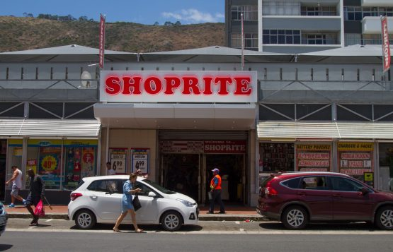 Shoprite profits fall 18.2% to R4.2bn. Picture: Dean Hutton, Bloomberg