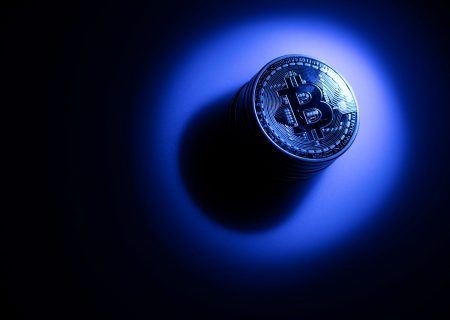 Bitcoin seen topping $50 000 long term as it vies with gold
