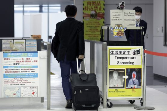 Hong Kong to quarantine any arrival from mainland