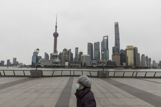Shanghai shares hit 14-month high on service sector recovery. Image: Bloomberg