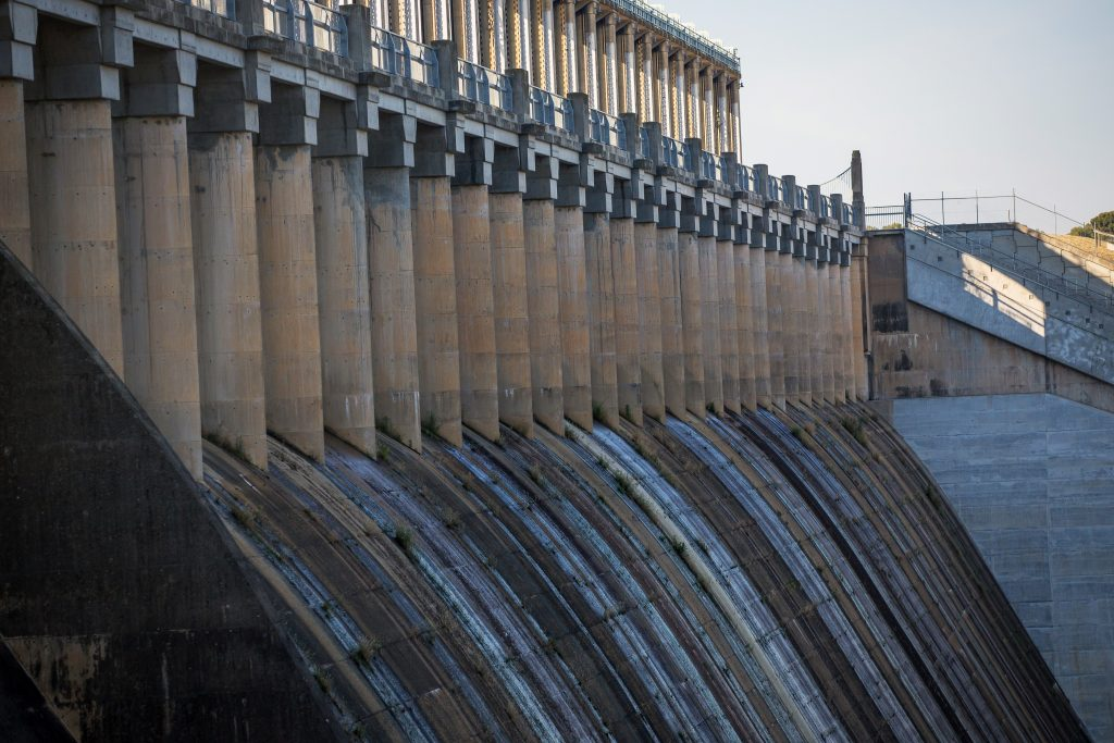 Nigeria clears hurdle for Africa's second-biggest hydro plant