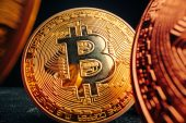 Bitcoin futures ETF opens with gain and explosive trading volume