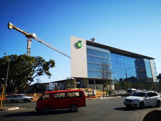 BP's adjusted net income of $2.25bn in the quarter, exceeded the average analyst estimate of $1.77bn. Image: Moneyweb