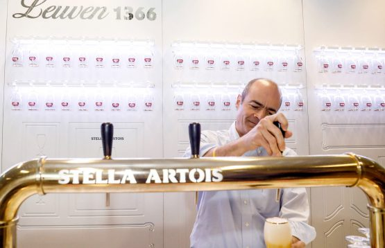 AB InBev and Heineken are looking for new markets in smaller bars or restaurants that don't want to install big tap systems or by selling home machines that can serve draft beer, the contest which lead it to a legal battle. Picture:  Dario Pignatelli, Bloomberg