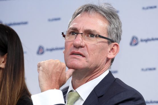 Chris Griffith resigns as Anglo American Platinum CEO to pursue other career opportunities. Image: Moneyweb