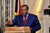 Die minister van finansies voorspel 'n ekonomiese oplewing in 2021
