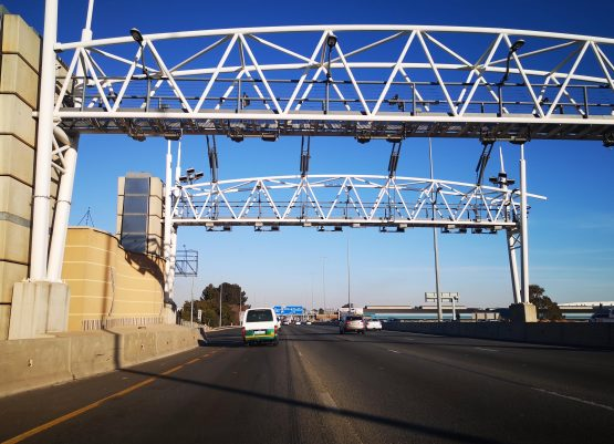 The stand-off between the motoring public and government over the non-payment of e-tolls has been going on for years. Image: Moneyweb
