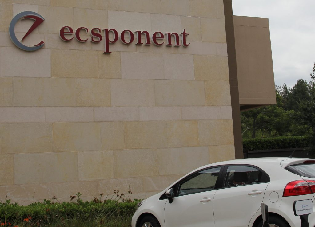 Ecsponent defaults on pay-out to preference shareholders