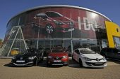 Motus takes full control of Renault SA