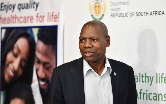 Minister of Health Dr Zweli Mkhize with other members of the Inter-Ministerial Committee dealing with the coronavirus in a media briefing. Image: Jairus Mmutle