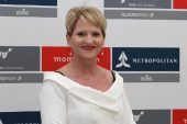 Momentum Metropolitan se bemagtigingstransaksie vir alle permanente Suid-Afrikaanse personeel