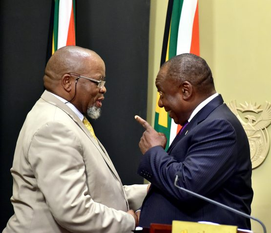 Minister Gwede Mantashe shares a light moment with President Ramaphosa after taking Oath of Office. Picture: Elmond Jiyane/GCIS