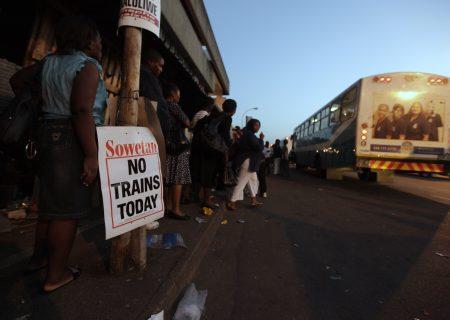 Public transport disrupted by minimum wage strike