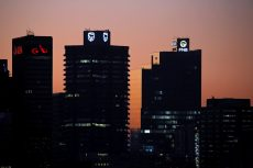 Charts show how a shrinking economy hurts SA banks