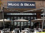 Mugg & Bean se beker loop oor