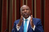 Sarb governor makes case for inflation 'point target'