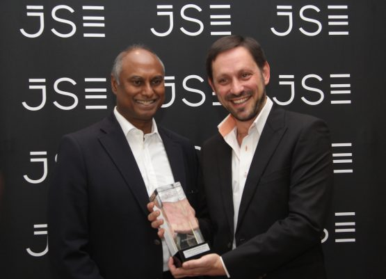 Jayendra Naidoo, Chairman of Steinhoff Africa Retail and CEO Ben la Grange at the listing earlier this year. Picture: Moneyweb