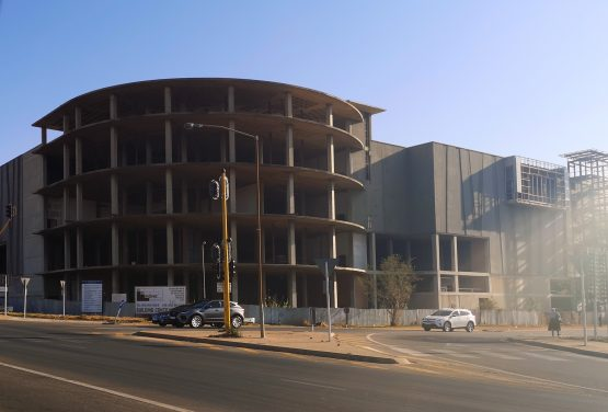 The half-built Villa Retail Park: a tombstone of the costly investment scheme and one of the biggest eyesores in Pretoria. Image: Moneyweb